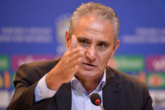 Tite anuncia a convocação da Seleção para as eliminatórias (Foto: Pedro Martins / MoWA Press
