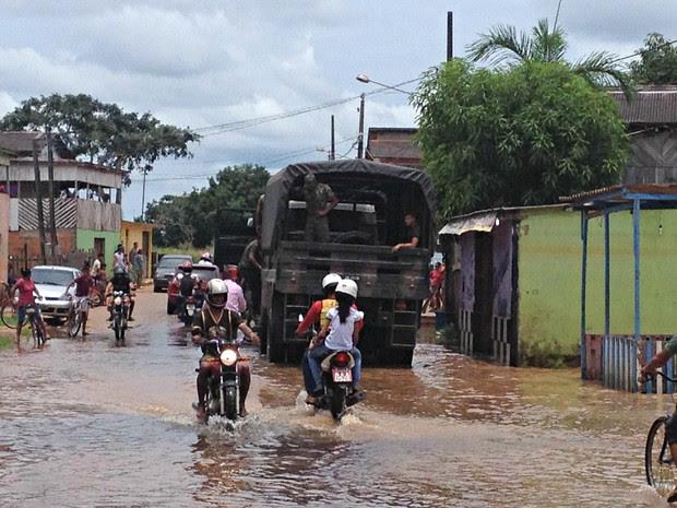 Exército assumiu área do Taquari em Rio Branco  (Foto: Caio Fulgêncio/G1)
