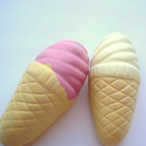 Lilley's - Ice cream magnets