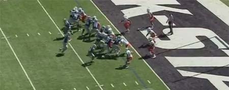 Kansas State quarterback Collin Klein heads toward the goal line against Miami (Y! Sports screengrab)