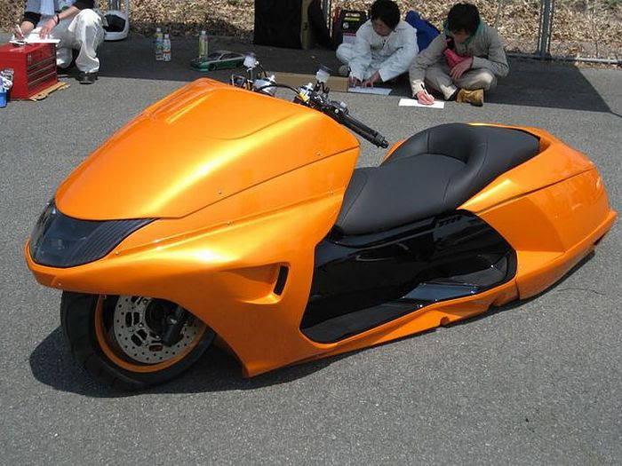 Custom Scooters from Japan (30 pics)