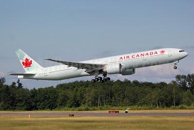 Air Canada Boeing 777-333 ER C-FIVW (msn 42218) PAE (Nick Dean). Image: 912547.