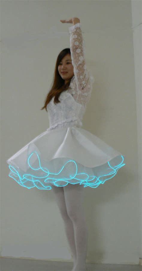 The Future Fashion ?????????? ?????: Wedding Dress In Space 2