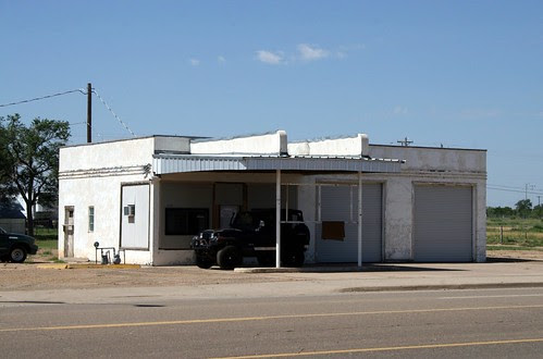 gas station along old route 66 in tucumcari, new mexico
