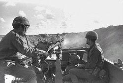 Truppe israeliane di pattuglia nel Canale di Suez