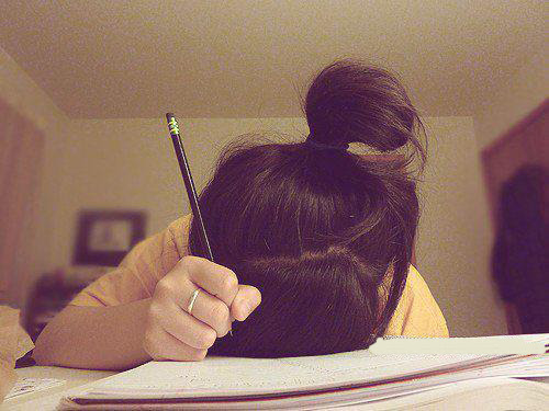 Book-girl-notebook-pencil-photo-favim.com-278678_large