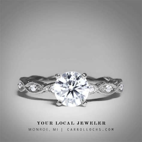 Brilliant Round Cut Diamond Vintage Style / Simple
