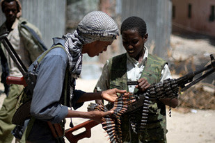 Somali resistance fighters are continuing their campaign against the US-backed transitional federal government based in Mogadishu. by Pan-African News Wire File Photos