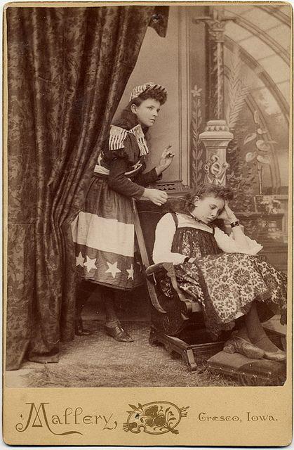 +~+~ Antique Photograph ~+~+  Americana antique photograph girls in patriotic dress.