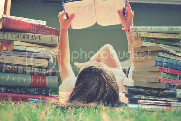 photo ler-livros-amor-cute-divertido-diy-ser feliz-divertido.png