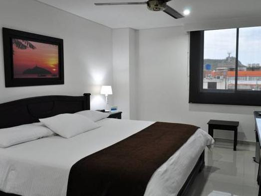 Price Hotel Santa Marta Real