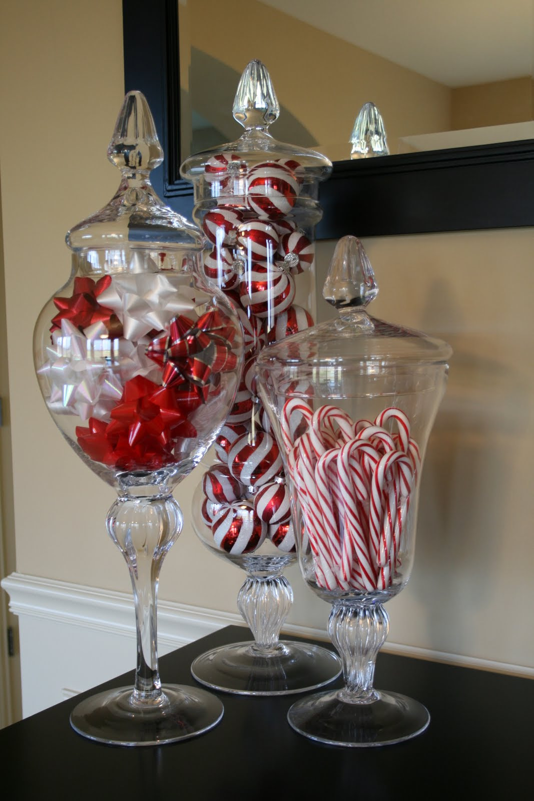 From Snow Globes to Card Art: 7 Simple DIY Holiday Decor Ideas