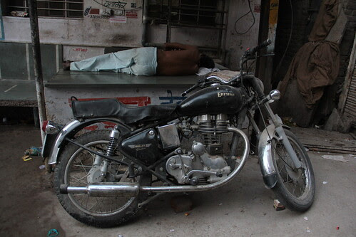 Royal Enfield Ajmer by firoze shakir photographerno1