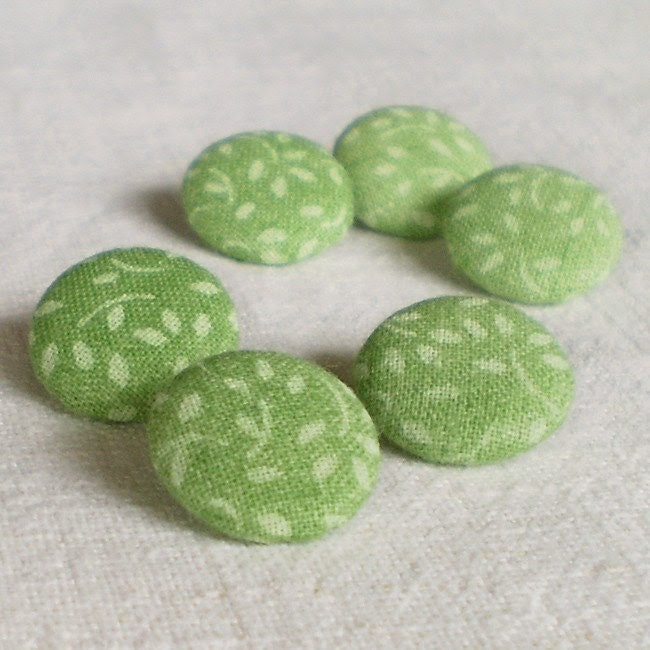 Fabric Covered Buttons - Springtime Green - 6 Small Light Green Meadow Fabric Buttons - PatchworkMill
