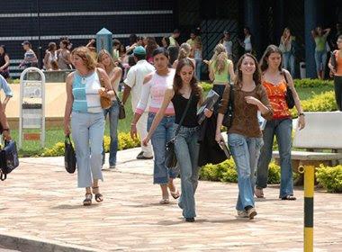 Governo atrasa repasses do Fies a faculdades particulares e dívida pode chegar a R$ 5 bi