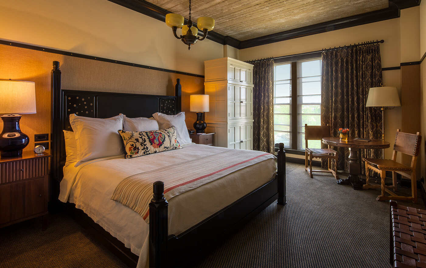 The Classic Rooms Accommodations Hotel Emma
