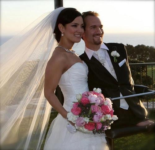 Nicky Vujicic e sua esposa.