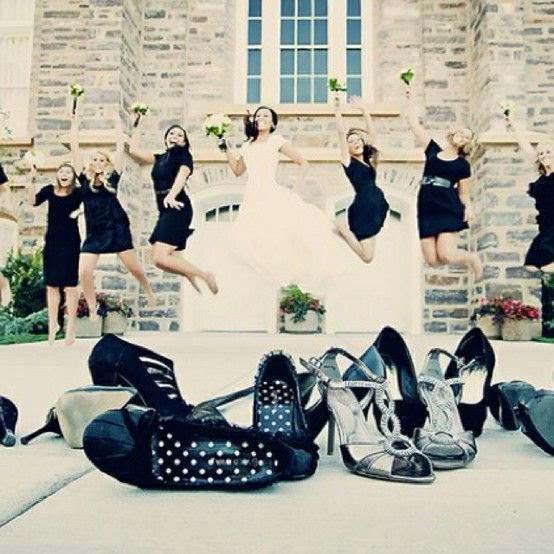 Bridal party photograph, jumping of course!  @Laura Jayson Jayson Jayson Jayson Stockdale You should do this at the next wedding you take pictures at! :)