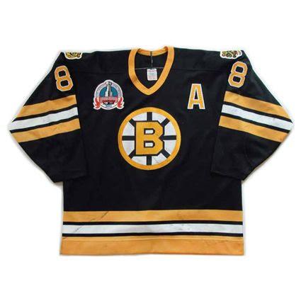 Boston Bruins 1989-90 jersey photo Boston Bruins 1989-90 F jersey.jpg