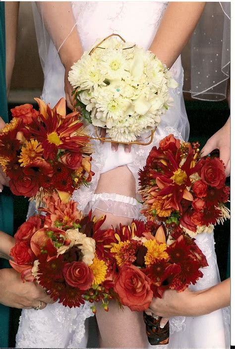 25  best ideas about Fall wedding mums on Pinterest