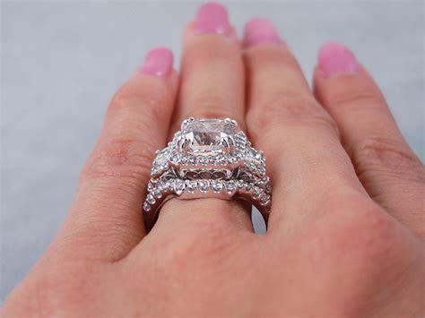 4.06 CTW CUSHION CUT DIAMOND WEDDING RING SET I SI1