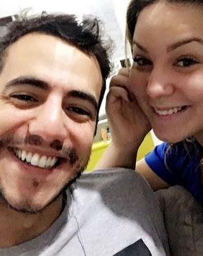 Cacau parabeniza Mateus (Foto: reprodução/Instagram)