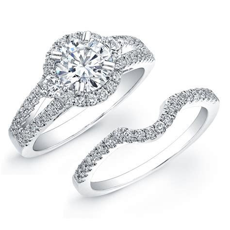 Do Wedding Rings Need To Match Engagement Rings?