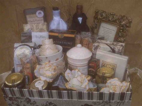 Wedding Gift Baskets For Bride And Groom   Wedding and