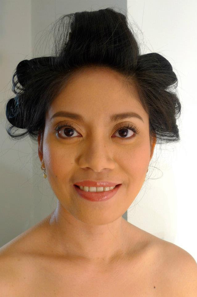 Makeup artist in spanish