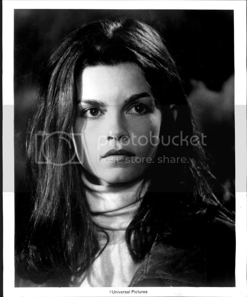 photo 19_Genevieve_Bujold.jpg