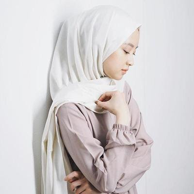 Foto Ala Model Hijab Gaya Foto Selfie