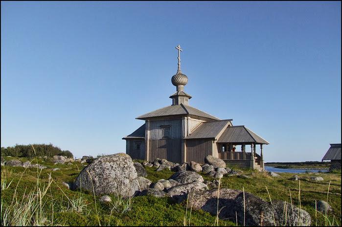 Церковь Андрея Первозванного, поставленная Петром Первым в 1702 году на Большом Заяцком острове Соловецкого архипелага/3673959_e4 (700x464, 148Kb)