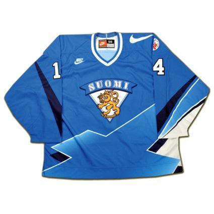 Finland 1996 jersey photo Finland1996Fjerseycopy.jpg