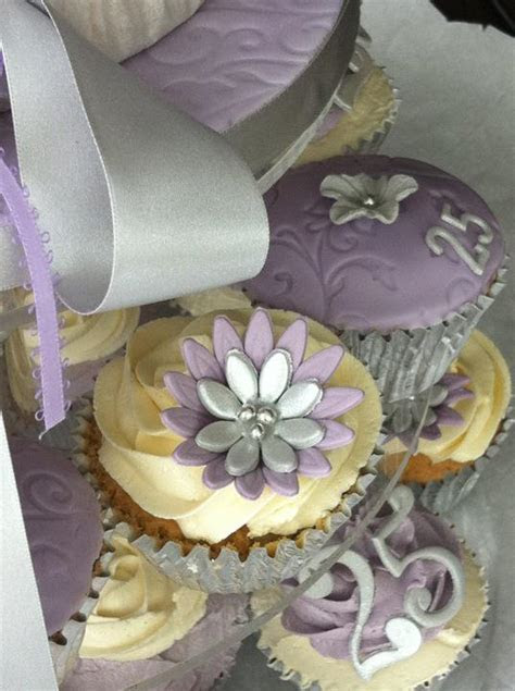lilac and silver wedding cupcakes