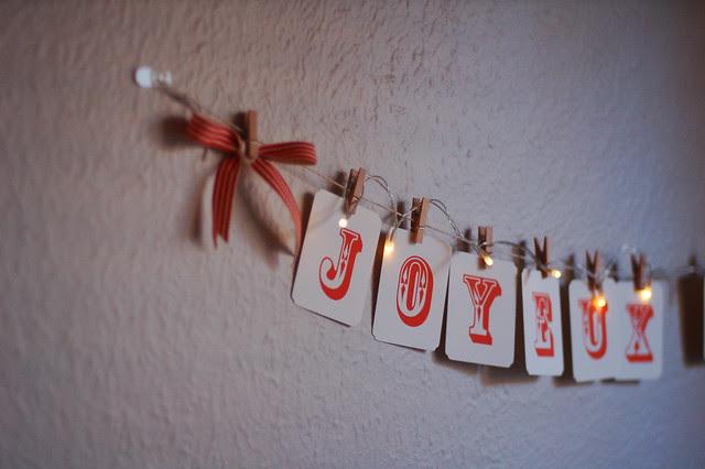 Side By Side Week 116 - Joyeux Noel