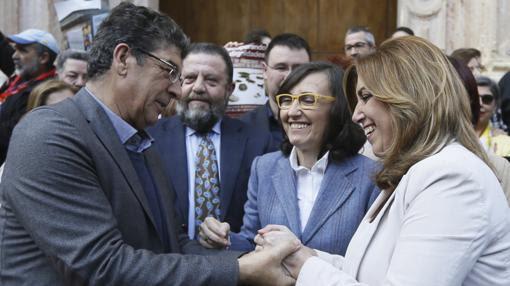Valderas, Aguilar y Díaz tras la aprobación de la ley de Memoria Histórica
