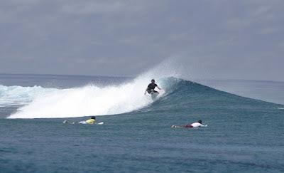 surf30_ini_maldivas