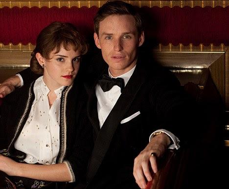 Aclamação da crítica: Eddie Redmayne jogando Clark com a amante Emma Watson guarda-roupa
