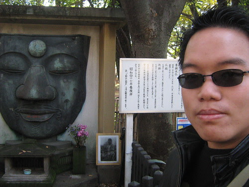 Me beside the face of Buddha