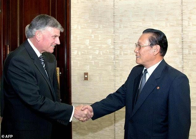 Billy Graham's son and successor Franklin Graham has also visited North Korea, on this occasion in 2009 meeting with Kim Yong Dae, vice president of the North Korean people's assembly