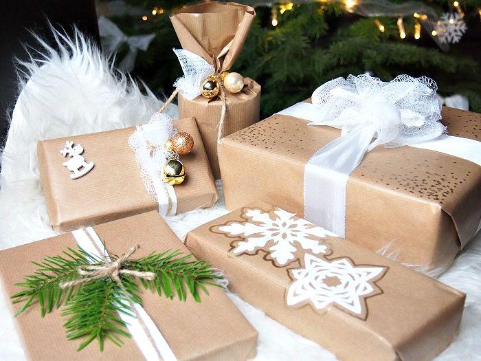 Geschenk einpacken