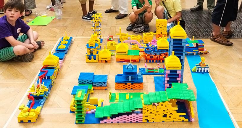 zaha-hadid-LEGO-buildings-designboom007