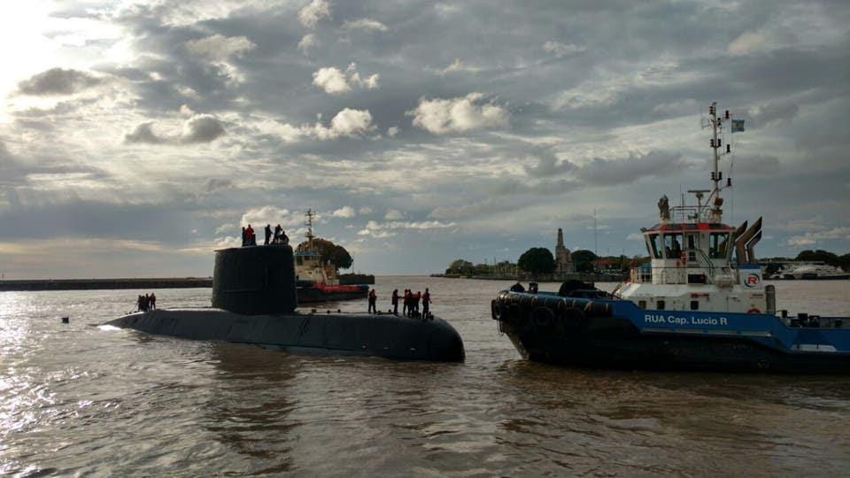 El Ara San Juan, meses atrás en Buenos Aires, antes de zarpar hacia Mar del Plata