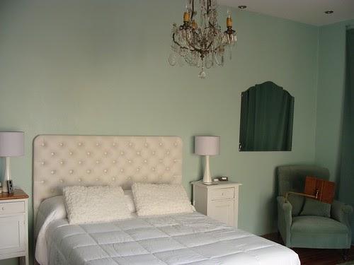 Mi dormitorio en el blog de heathers deco marce for Ejemplo de dormitorio deco