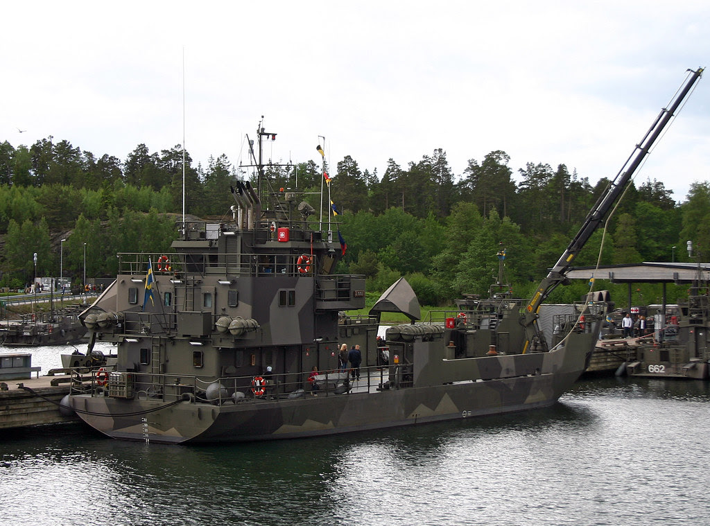 HMS Loke