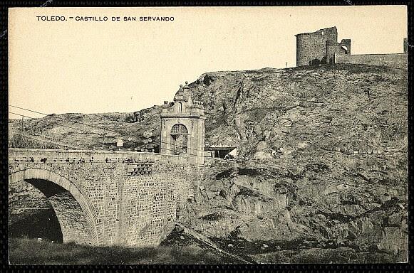 Castillo de San Servando a inicios del siglo XX. Foto Menor
