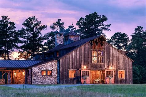 6 Wedding Barn Venues in Georgia You've Never Heard of