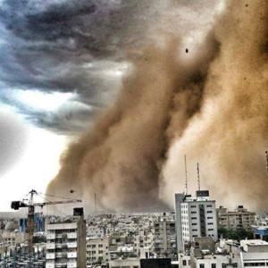 סופת אבק בטהראן