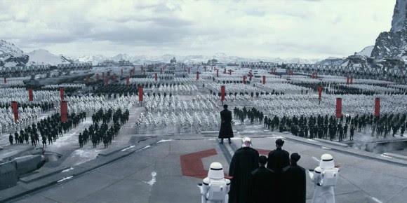 """La """"Primera Orden"""" de Star Wars. La Tercera Orden es más cutre y con mucha menos gente, pero también se basa en una Fuerza imaginaria"""