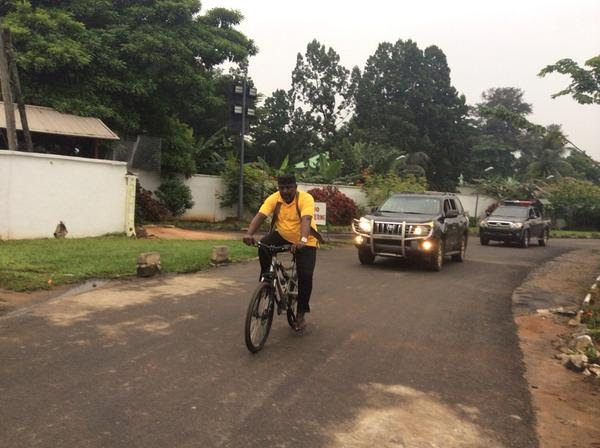 Governor Okorocha rides bicycle to keep fit with some bad examples.